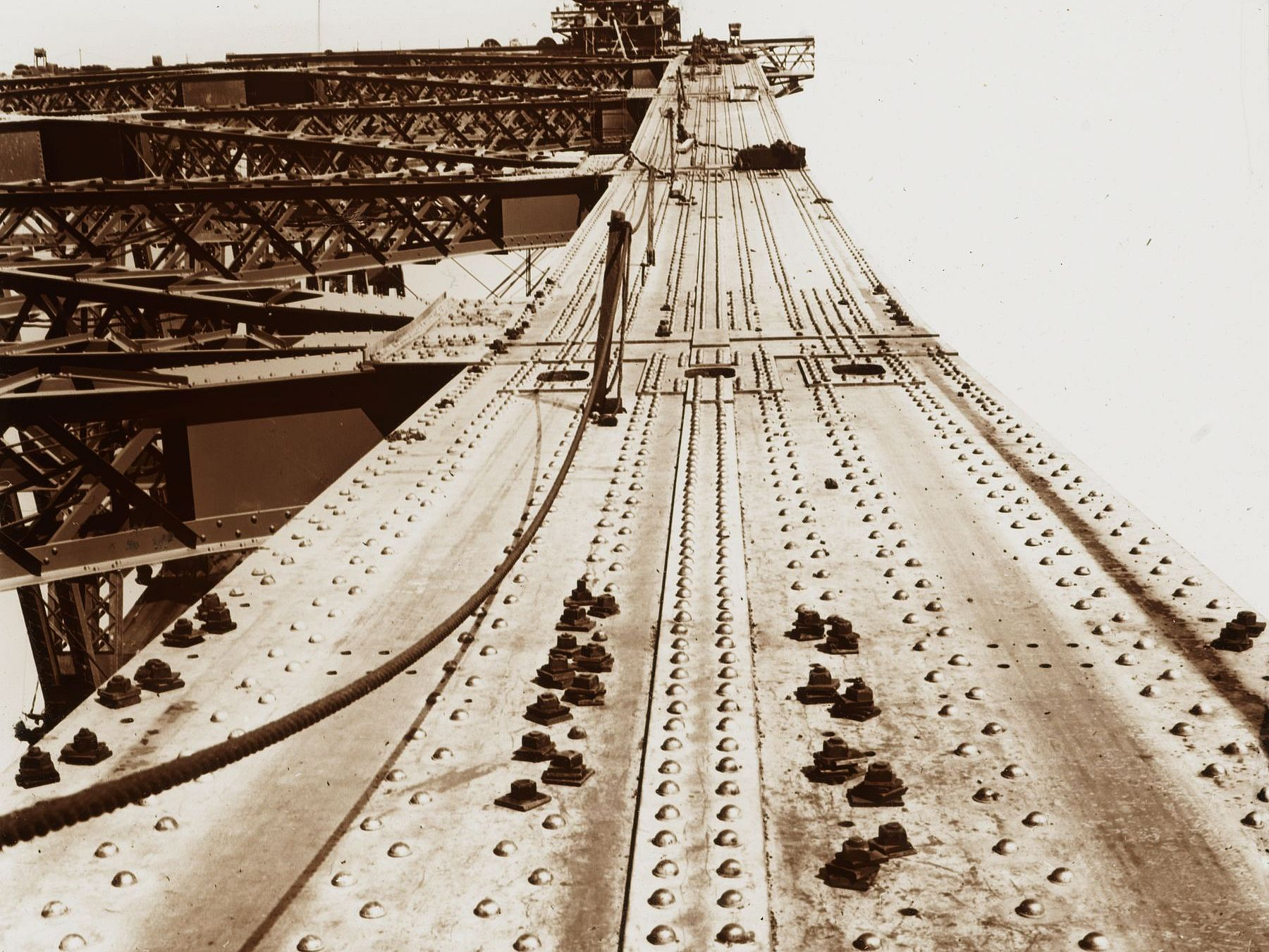 Looking up the top chord of the arch, photo and slide by Rev. Frank Cash. Item 02: Box 7 Slides of Harbour Bridge during construction, ca. 1930-1932